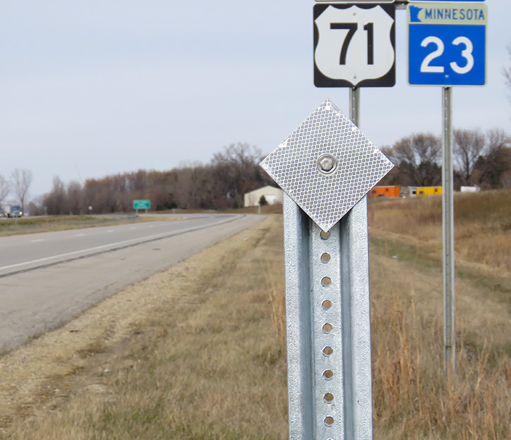 A delineator post along Hwy 71/23 in Willmar