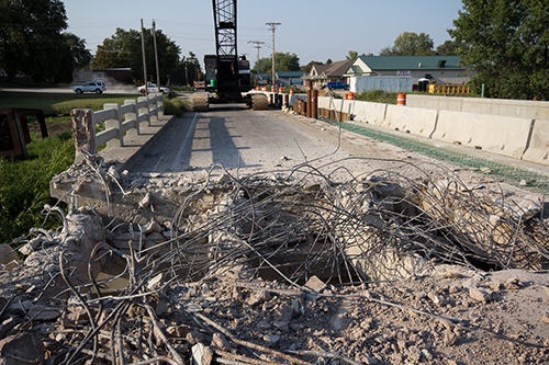 All waste materials generated from MnDOT construction projects must be disposed of or recycled, at facilities approved by the Office of Environmenal Stewardship.
