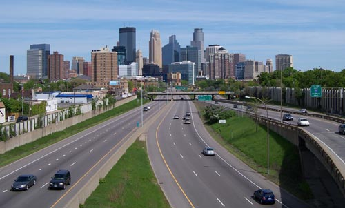 I-35 looking north towards the Minneapolis skyline