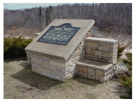 image of knife river rest area
