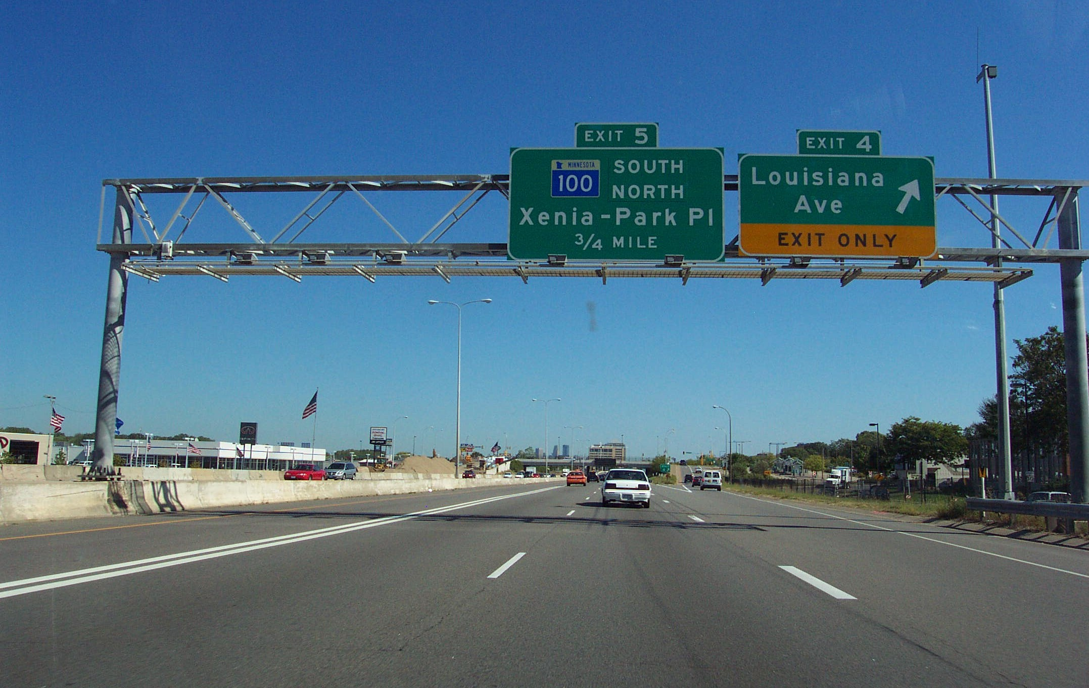 Evaluation of the Effect of MnPASS Lane Design on Mobility and Safety