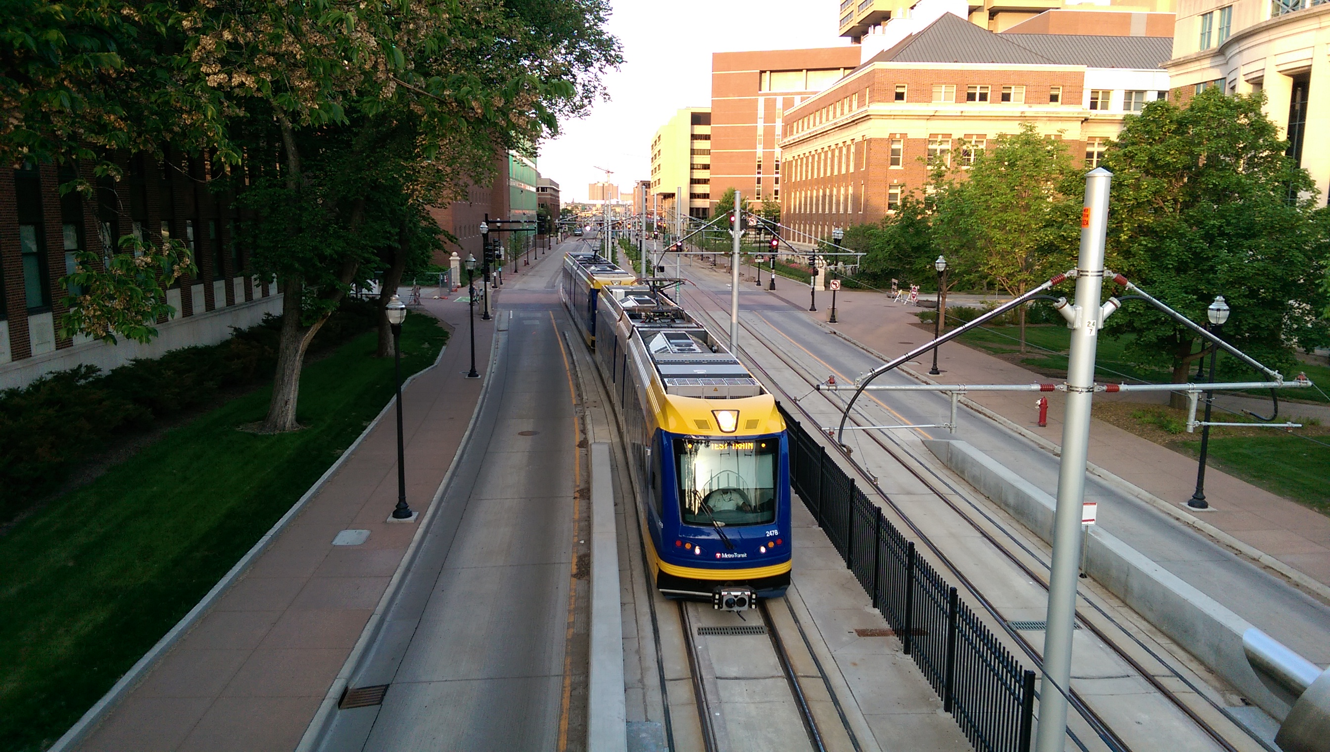Evaluating Twin Cities Transitways' Performance and Their Interaction with Traffic on Neighboring Major Roads