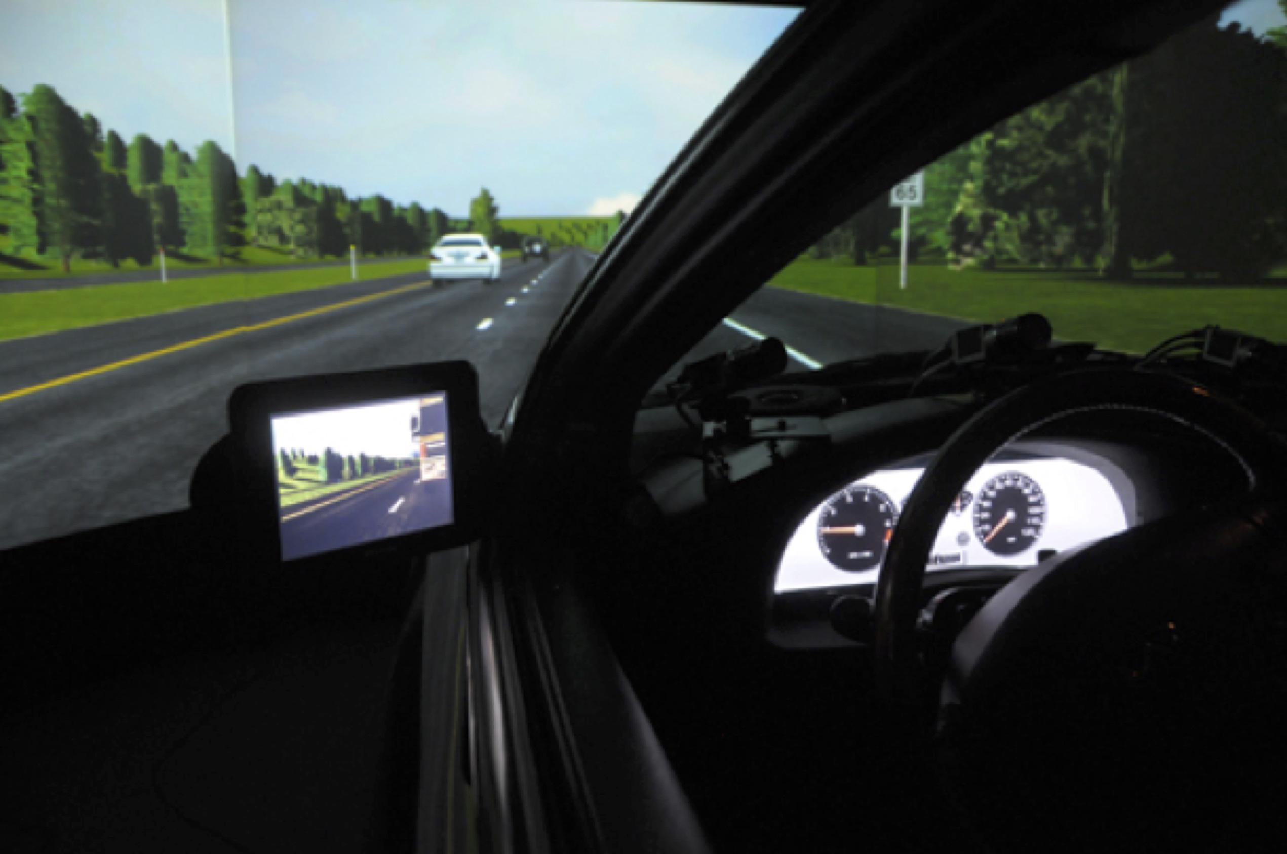 Risk Evaluation for In-Vehicle Sign Information